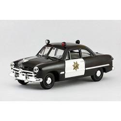1949 Ford Custom – California State Police (policie státu Kalifornie) – 1/43