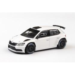 2018 Škoda Fabia III R5, kola na šotolinu − Prodejní tovární verze, bílá − ABREX 1:43
