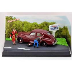 DIORAMA s vozem 1955 Peugeot 203